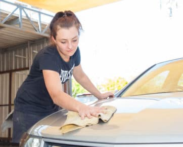 panel beater buffing car hood - panel beaters Albion, Brisbane